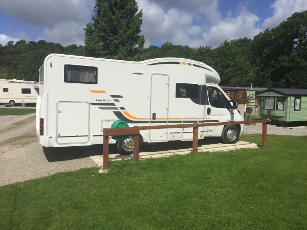 woodnook-caravan-park-motorhome