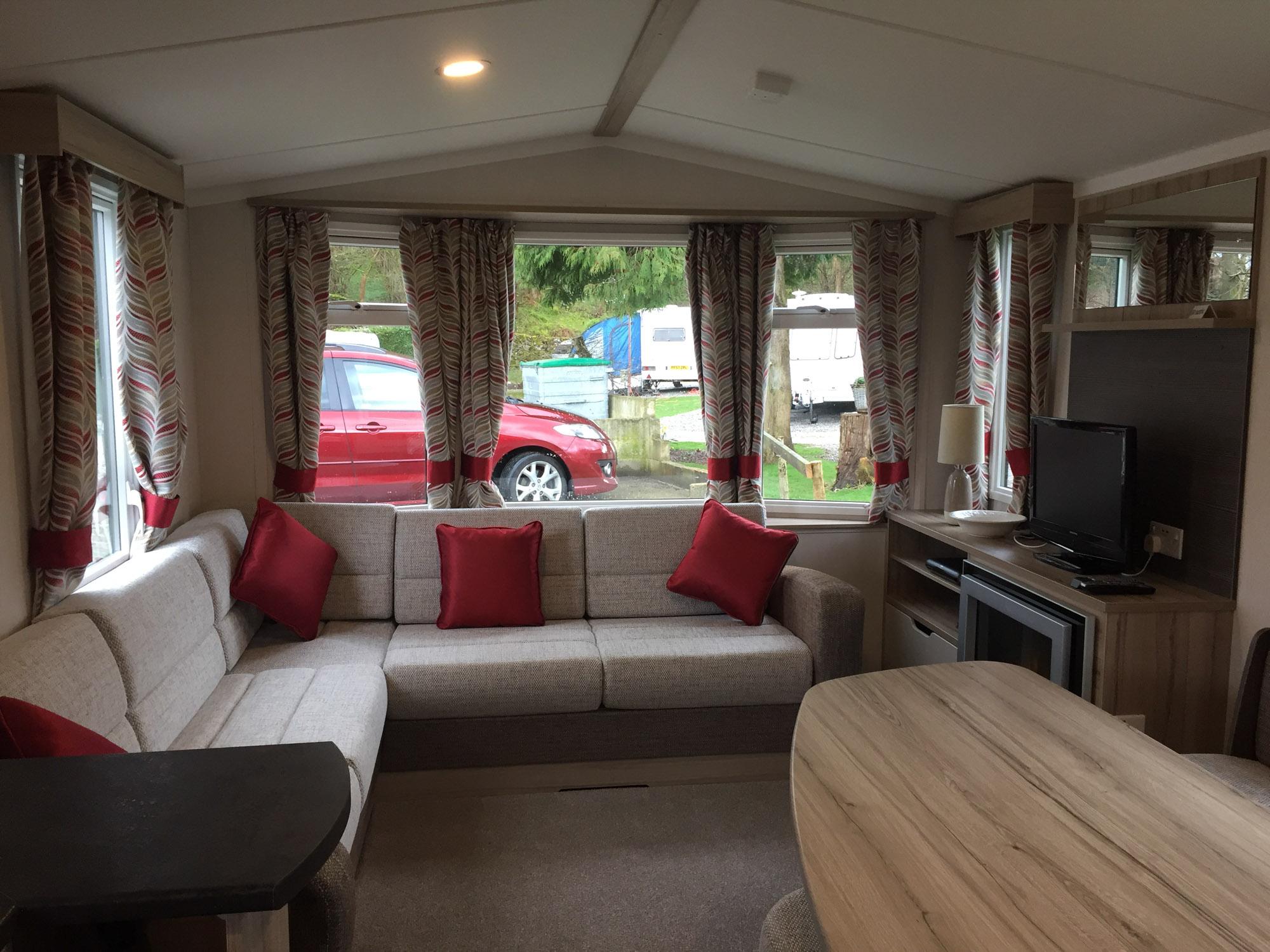 Caravan Lounge